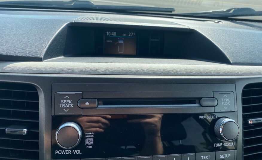 2014 Toyota Sienna FWD 8-Passenger V6 Power Sliding Doors, Sunroof