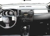 Nissan Versa 1.8 S 2007